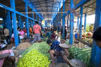 市場での野菜