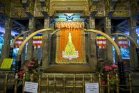 世界遺産キャンディーのお寺の中
