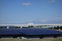 川崎市の浮島太陽光発電所 10669001692  写真素材・ストックフォト・画像・イラスト素材 アマナイメージズ