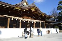 寒川神社の拝殿