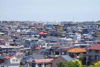 神奈川県横浜市の住宅街 10669002936| 写真素材・ストックフォト・画像・イラスト素材|アマナイメージズ