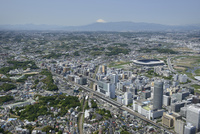 新横浜駅空撮 東側より富士山を望む