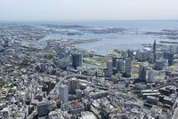 横浜駅空撮 西側よりベイブリッジ,ポートサイドを望む