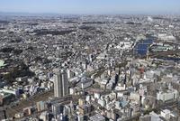 鶴見駅,京急鶴見駅 南東側より三ッ池公園・武蔵小杉方面へ