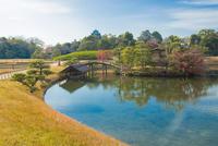 秋の後楽園と岡山城