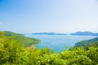邑久町カキイカダのある風景