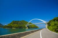 瀬戸内海とびしま海道 10685003114| 写真素材・ストックフォト・画像・イラスト素材|アマナイメージズ