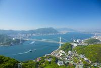 火の山公園より関門橋 10685003380| 写真素材・ストックフォト・画像・イラスト素材|アマナイメージズ