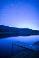 満天の星を映す八千穂レイク