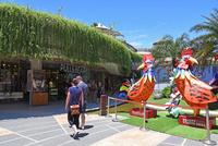バリ島人気ショッピングモールのビーチウォーク 10685004935| 写真素材・ストックフォト・画像・イラスト素材|アマナイメージズ