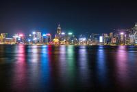 香港、ビクトリア湾の夜景