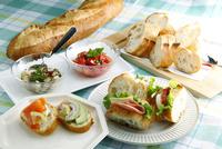 フランスパンのサンドイッチ