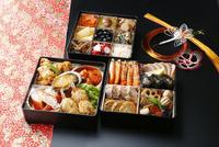 お節料理 10724007088  写真素材・ストックフォト・画像・イラスト素材 アマナイメージズ