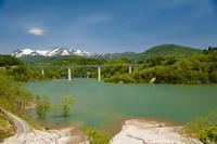 月山と月山湖