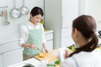 料理教室の先生と生徒