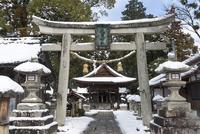 大濱神社(伊庭の水辺景観) 10737000370| 写真素材・ストックフォト・画像・イラスト素材|アマナイメージズ