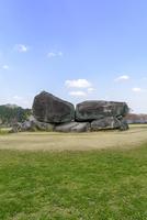 石舞台古墳 10737000382| 写真素材・ストックフォト・画像・イラスト素材|アマナイメージズ