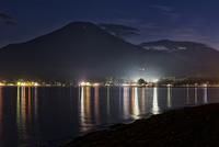 夜の山中湖