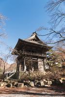景徳院の山門 10743000220| 写真素材・ストックフォト・画像・イラスト素材|アマナイメージズ