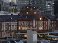 東京駅丸の内口駅舎 10743000332| 写真素材・ストックフォト・画像・イラスト素材|アマナイメージズ