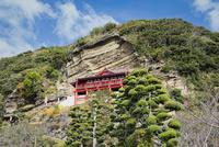 崖の観音大福寺 10743000383| 写真素材・ストックフォト・画像・イラスト素材|アマナイメージズ
