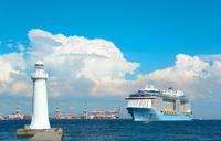 夏の神戸港