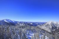 西穂高口駅屋上展望台から望む雪景色の北アルプス