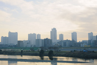 夕暮れ時の多摩川