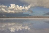 ウユニ塩湖の景色 10770000312| 写真素材・ストックフォト・画像・イラスト素材|アマナイメージズ