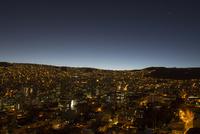 ラパスの夜景 10770000421| 写真素材・ストックフォト・画像・イラスト素材|アマナイメージズ
