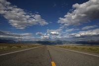 コロラド州の道路と青空