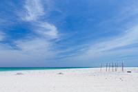 久米島沖に浮かぶ無人島のはての浜