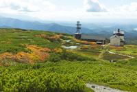 旭岳ロープウェイ姿見駅周辺の風景 10790011742| 写真素材・ストックフォト・画像・イラスト素材|アマナイメージズ