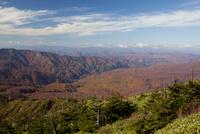 源太岩展望所より紅葉の八幡平を望む