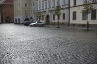 プラハ旧市街の石畳の広場 10826000654  写真素材・ストックフォト・画像・イラスト素材 アマナイメージズ
