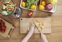 野菜ジュースイメージ 10826000773| 写真素材・ストックフォト・画像・イラスト素材|アマナイメージズ