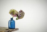 部屋に飾られた花束