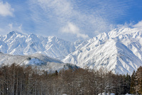 白馬の雪山の雪景色 10860000257| 写真素材・ストックフォト・画像・イラスト素材|アマナイメージズ