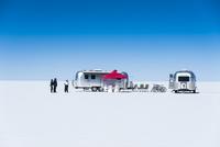 ウユニ塩湖とキャンピングカー