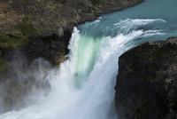 パタゴニア・パイネ国立公園のサルト・グランデ滝