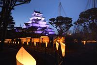会津鶴ヶ城の絵ロウソク祭り