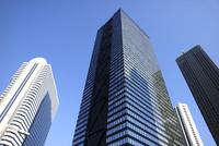 新宿副都心の高層タワーオフィス