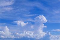 夏の雲 11000001474| 写真素材・ストックフォト・画像・イラスト素材|アマナイメージズ