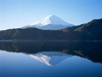 逆さ富士/河口湖 11000007481| 写真素材・ストックフォト・画像・イラスト素材|アマナイメージズ