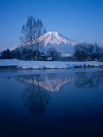 冬の富士山 11000007546| 写真素材・ストックフォト・画像・イラスト素材|アマナイメージズ