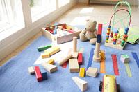 おもちゃ 11000012838| 写真素材・ストックフォト・画像・イラスト素材|アマナイメージズ