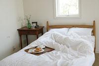 ベッドルーム 11000012845| 写真素材・ストックフォト・画像・イラスト素材|アマナイメージズ