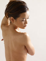 ヌードの女性 11000017310| 写真素材・ストックフォト・画像・イラスト素材|アマナイメージズ