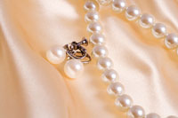 真珠のアクセサリー 11000019769| 写真素材・ストックフォト・画像・イラスト素材|アマナイメージズ