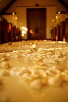 教会のキャンドル 11000019911| 写真素材・ストックフォト・画像・イラスト素材|アマナイメージズ